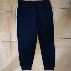Zara jogger with white side stripe size XL